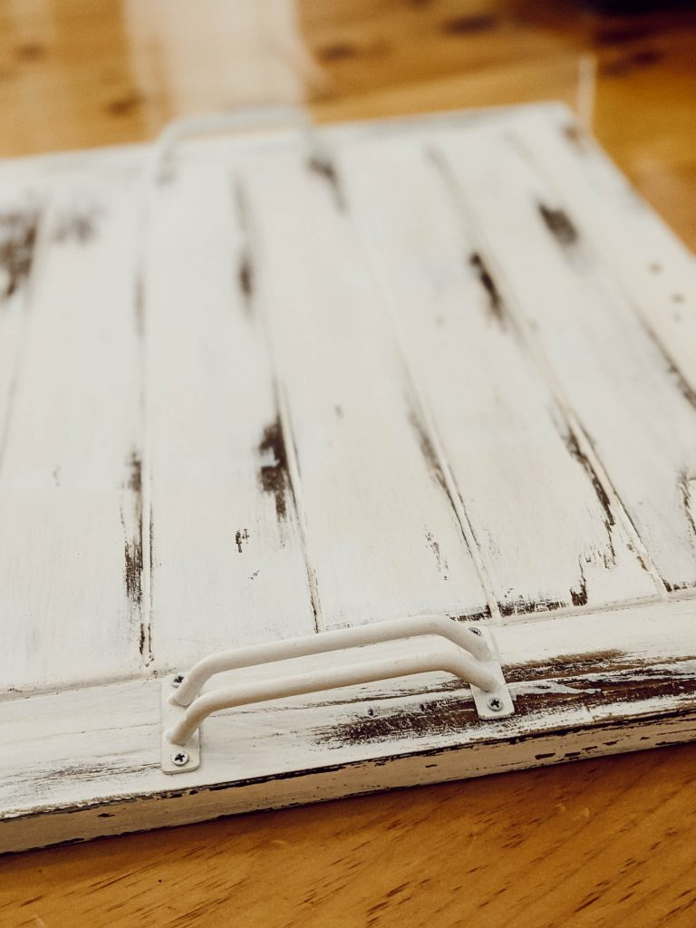diy painted farmhouse style serving tray by White and Woodgrain