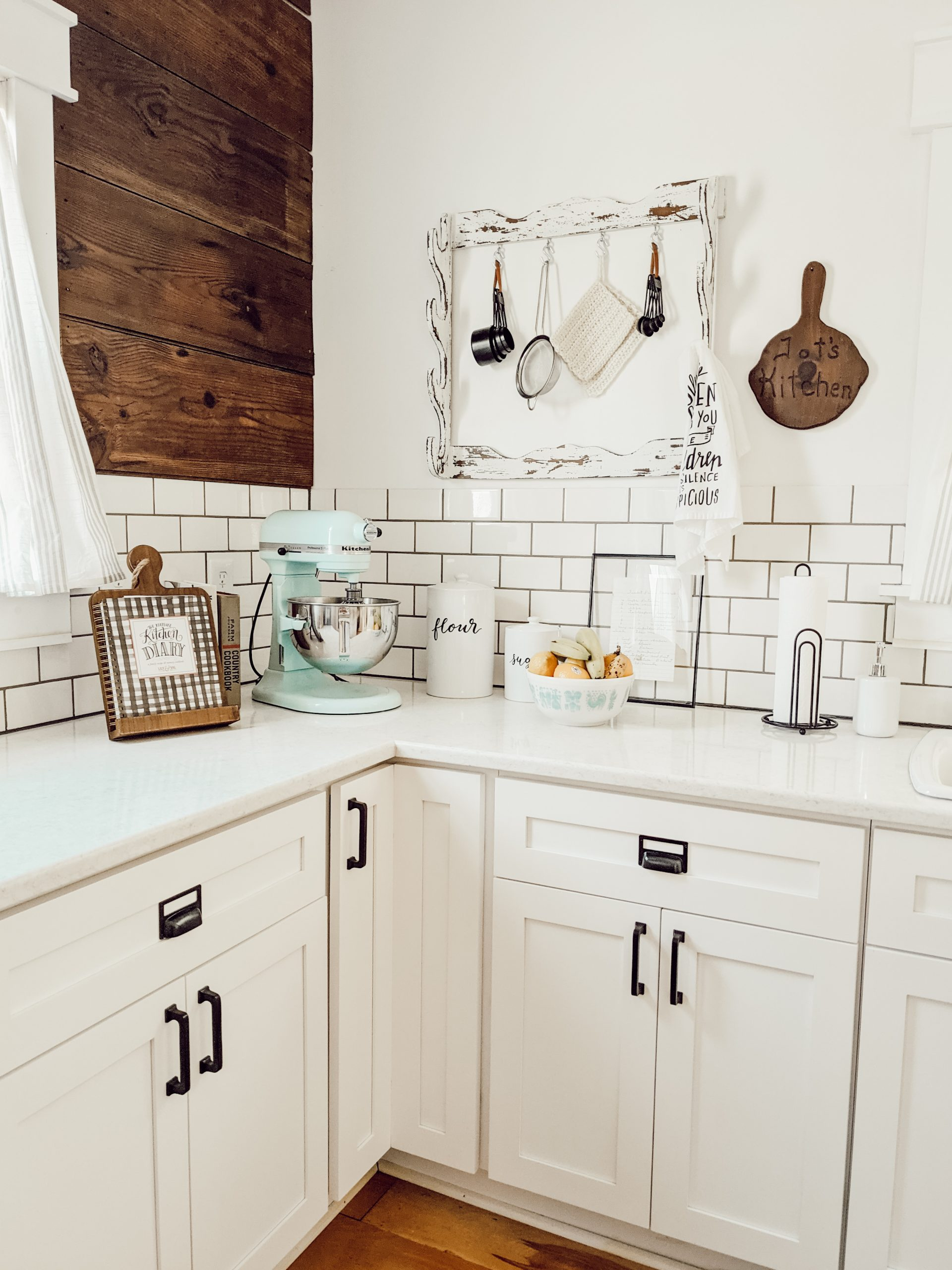organized and decluttered farmhouse style kitchen